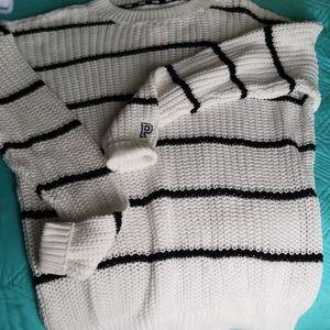 VS Pink Boyfriend Sweater NWT